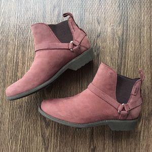 Teva Waterproof Leather Ankle Boots